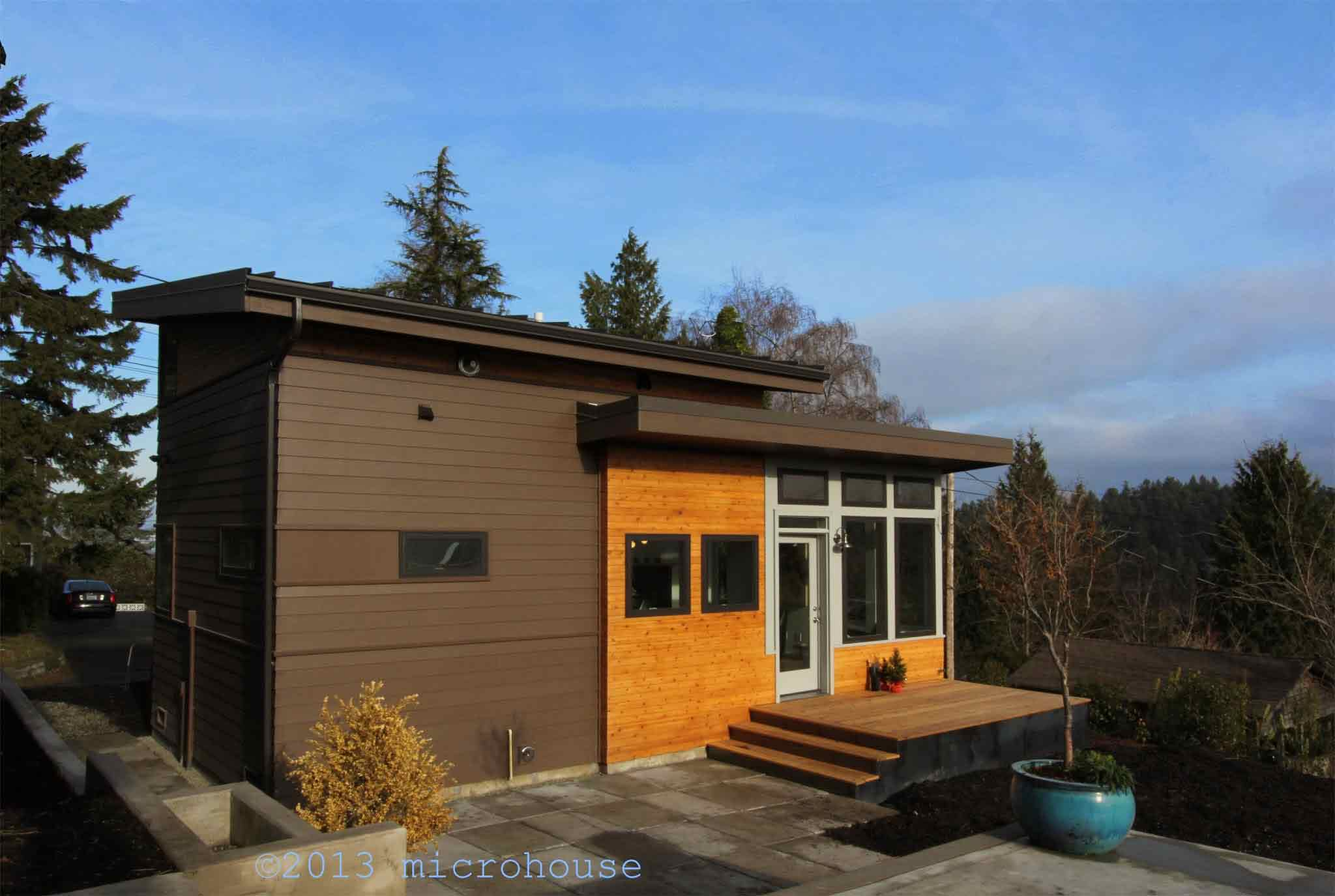 Seattle backyard cottage for Micro cottage builders