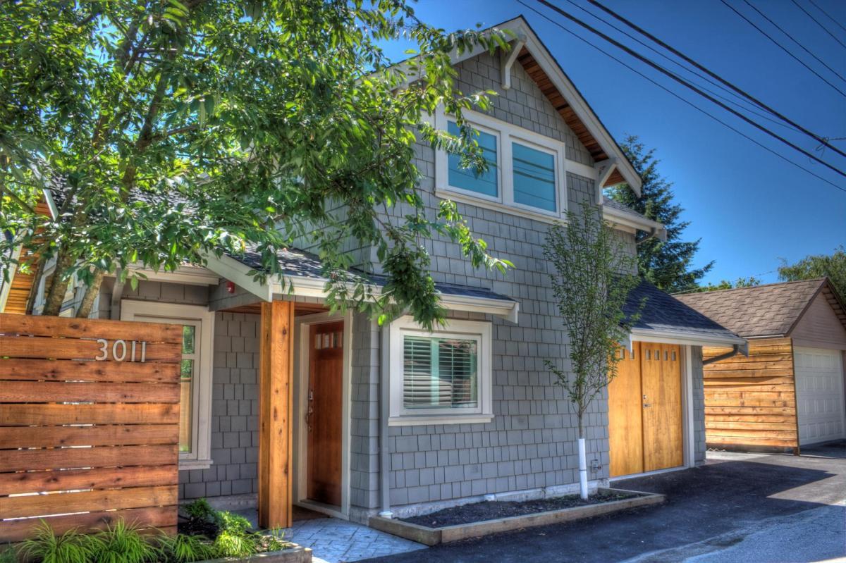 vancouver-laneway-house-1