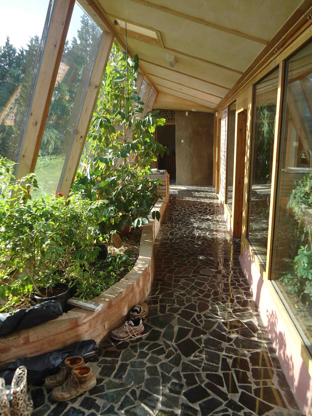 brighton_earthship-3