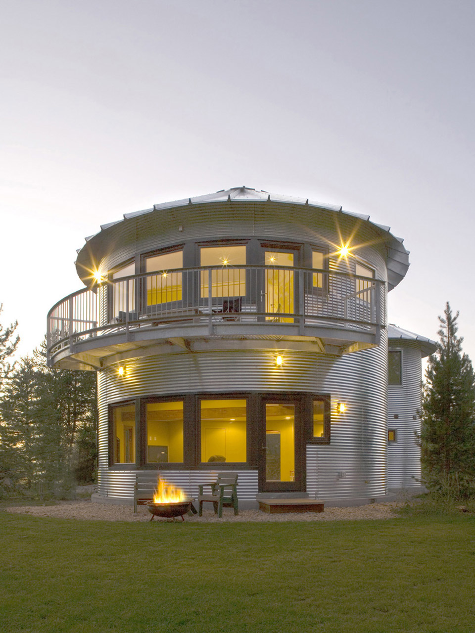 Monte silo for Inexpensive house designs
