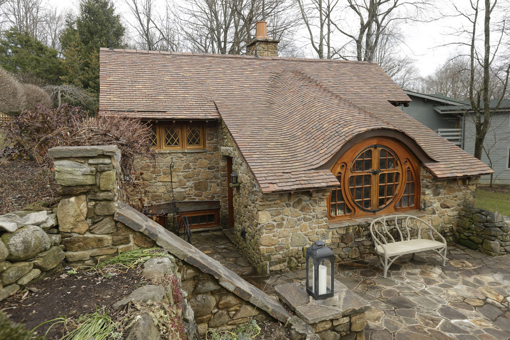 pennsylvania-hobbit-house-5