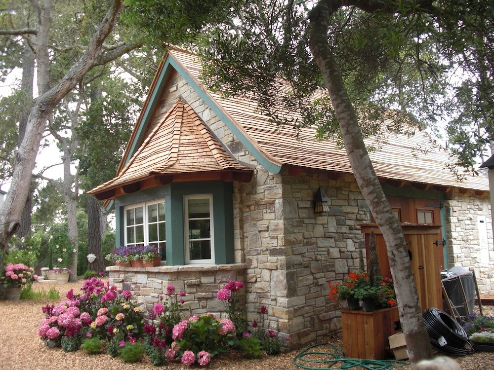 Second act for Tiny house cottage style