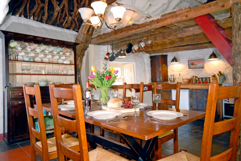 gwellt-cottage-3