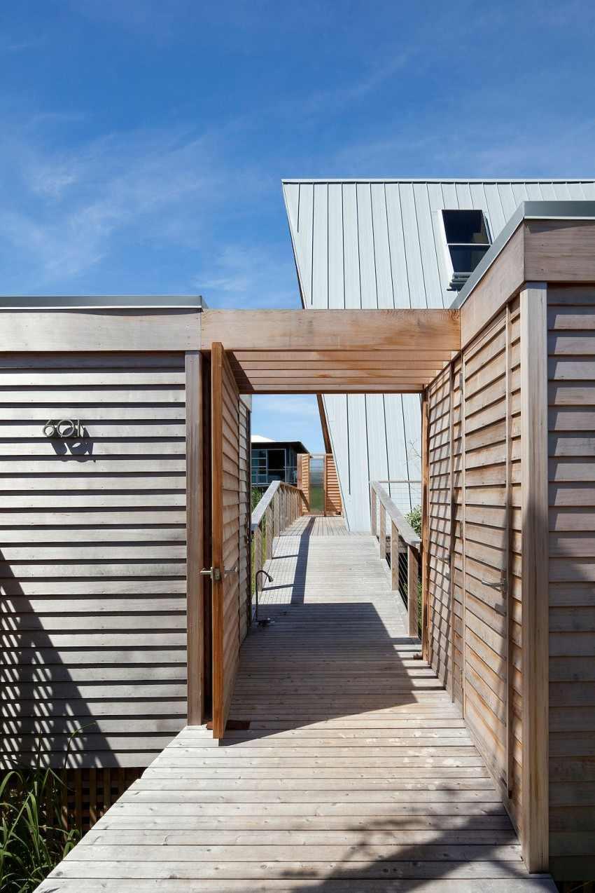 modern-beach-a-frame-2