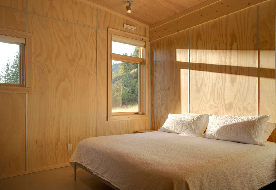 pine-forest-cabin-6