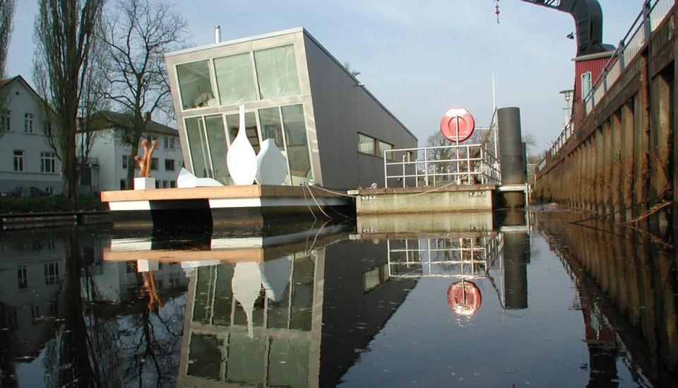 hunte-river-floating-home-sascha-akkermann-1