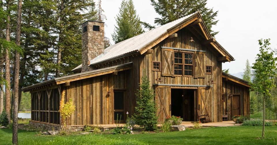 Montana mountain barn retreat for Barn type homes