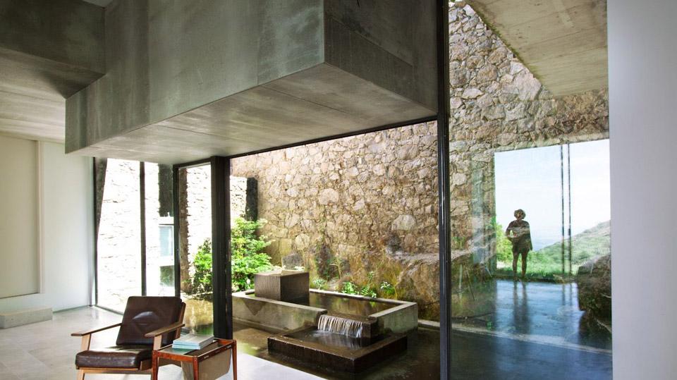 stone-abaton-architects-extremadura-house-2