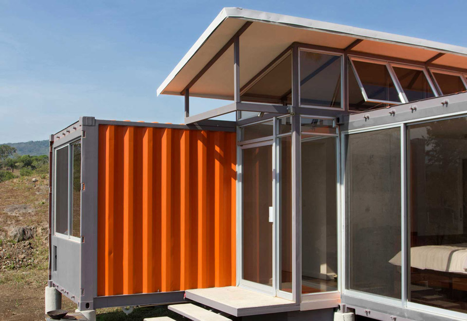 containers-of-hope-2