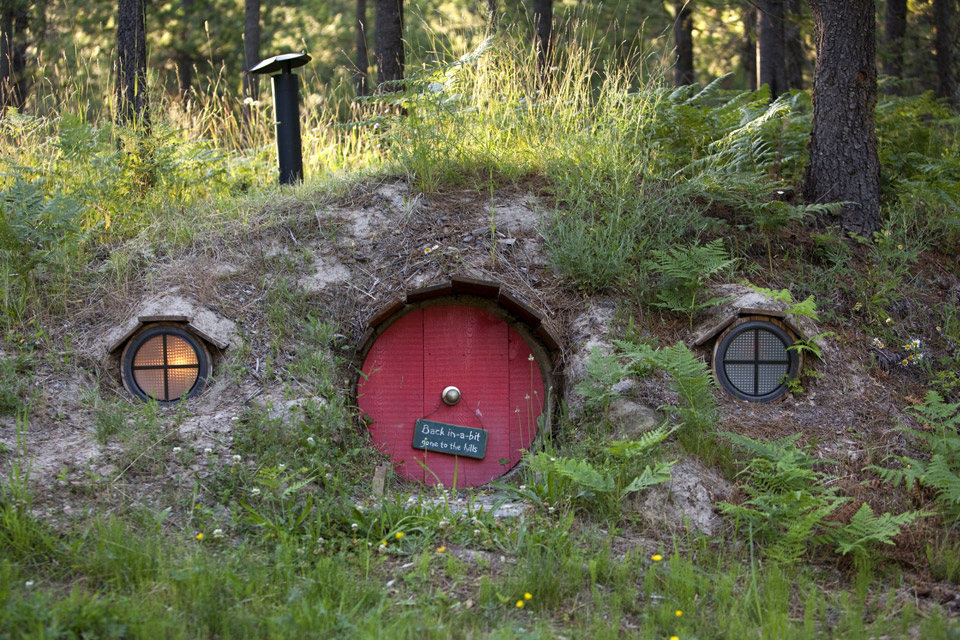 the-shire-hobbit-house-5