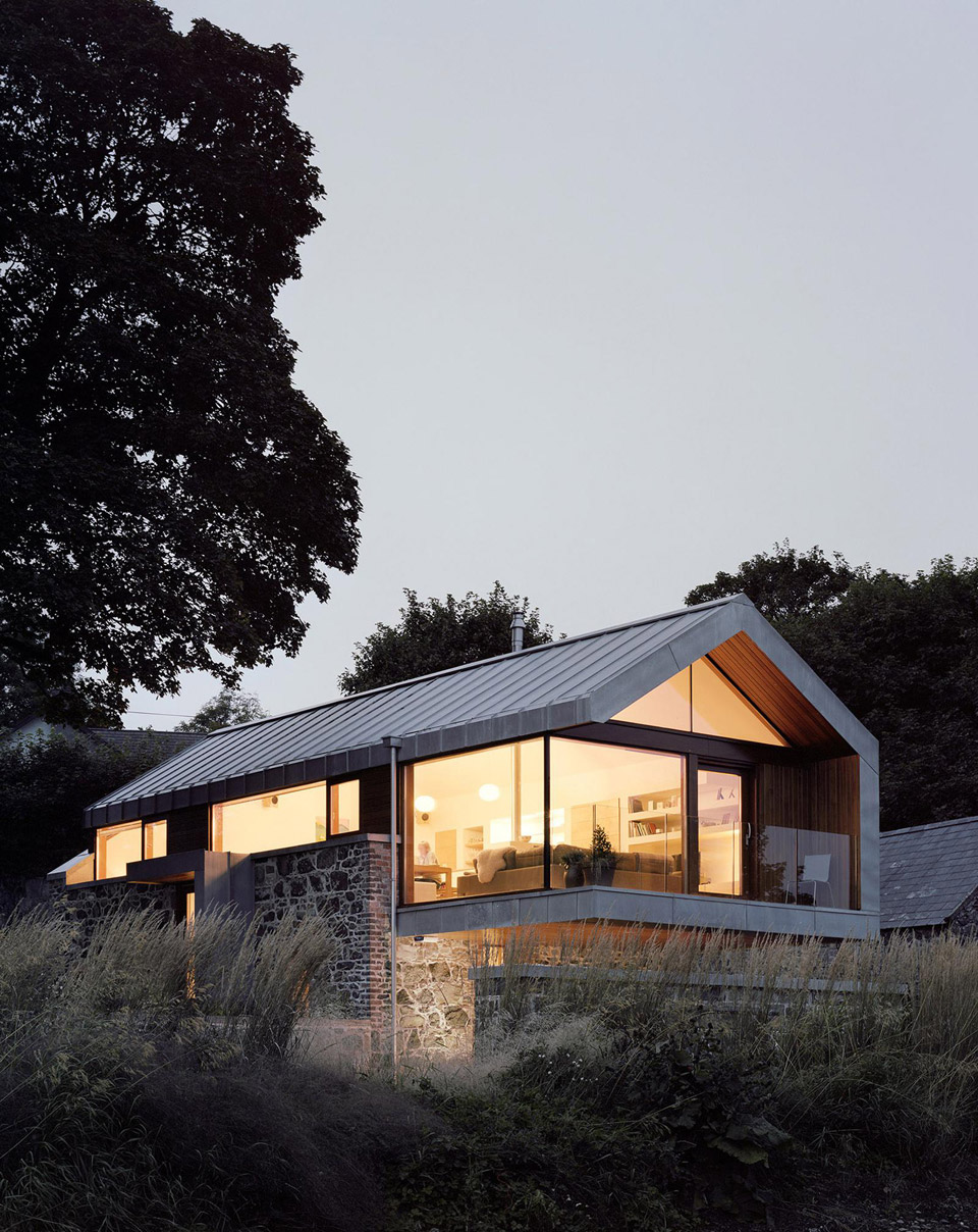 loughloughan-barn-mcgarrymoon-architects-1