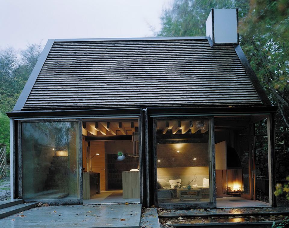 Swedish moat house for Modern scandinavian house plans