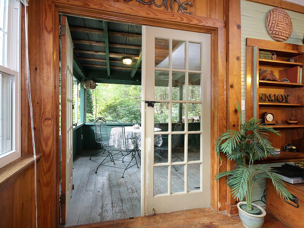 hendersonville-treehouse-10