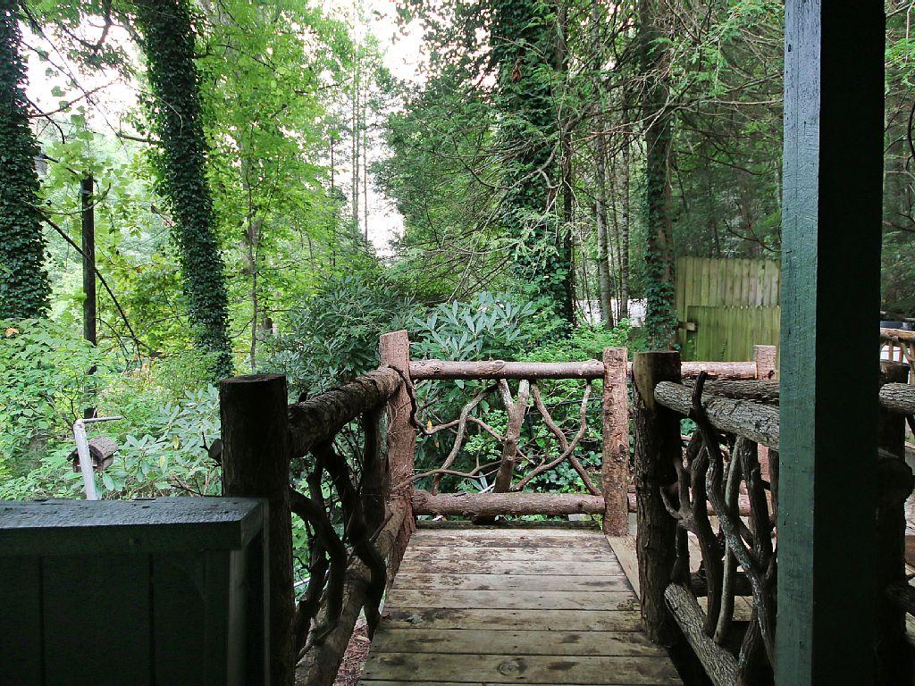 hendersonville-treehouse-11