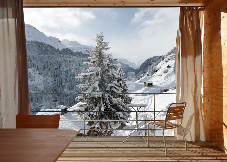 swiss-mountain-cabin-6