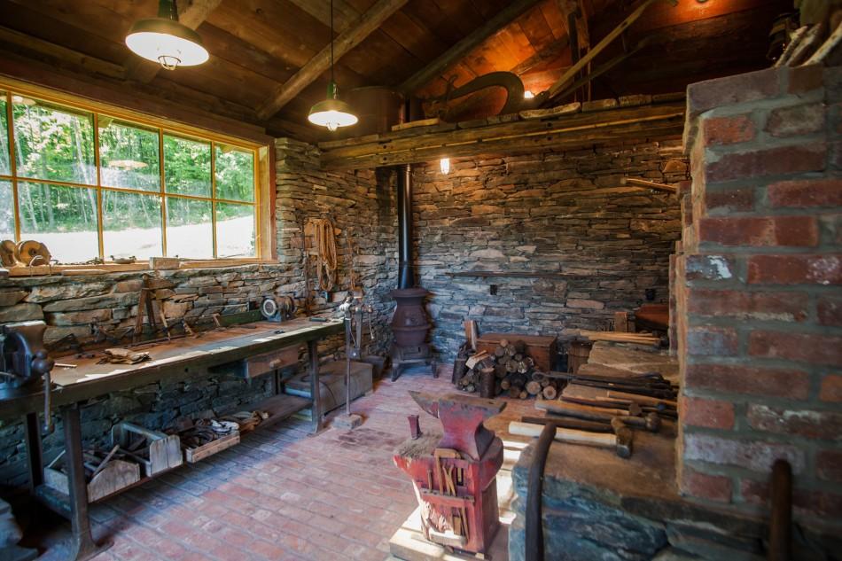 catskill-barn-home-9
