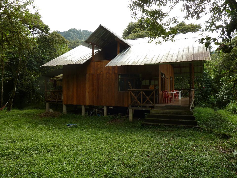 las-tangaras-cabin-1