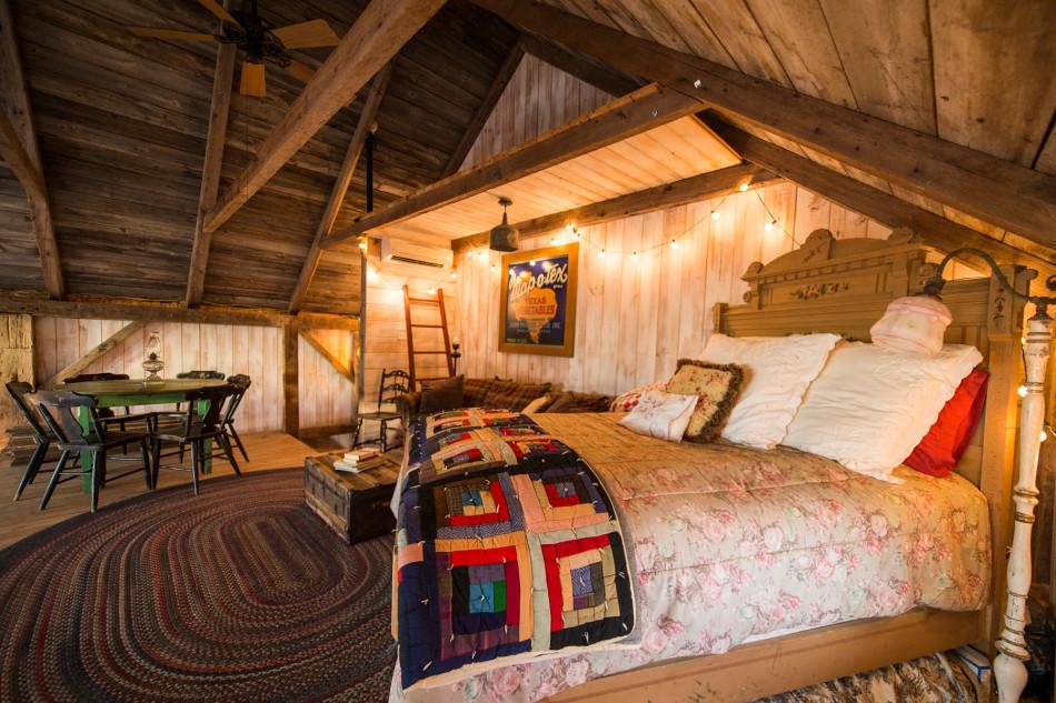 mckinney-barn-house-9