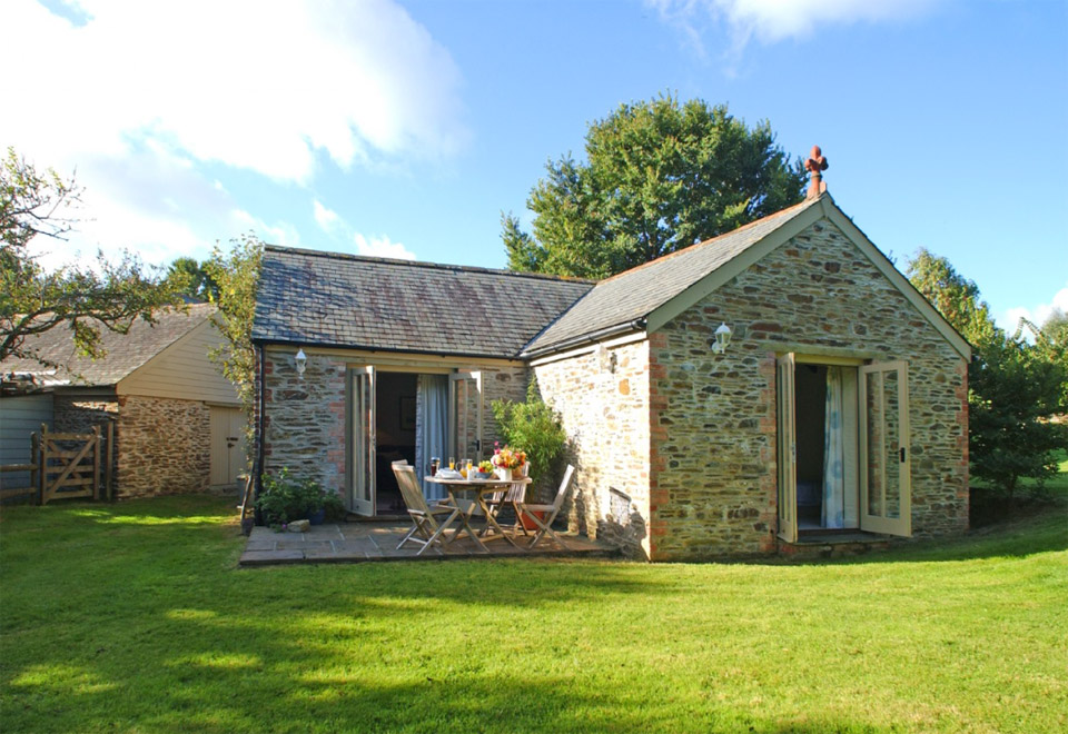 Stone Cottage Small House Swoon