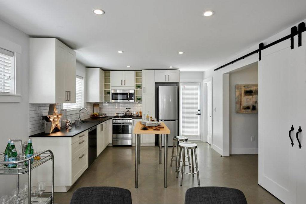 sasha-chris-laneway-house-smallworks-studios-landway-houses-3