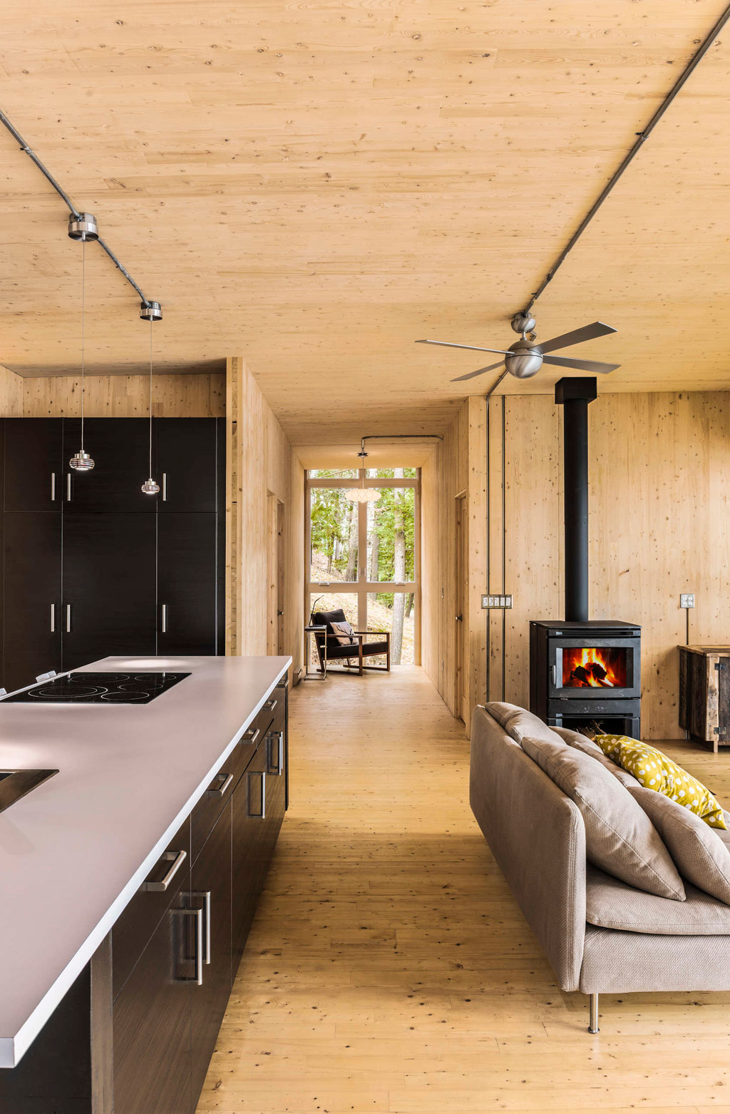 timber-cottage-kariouk-associates-5