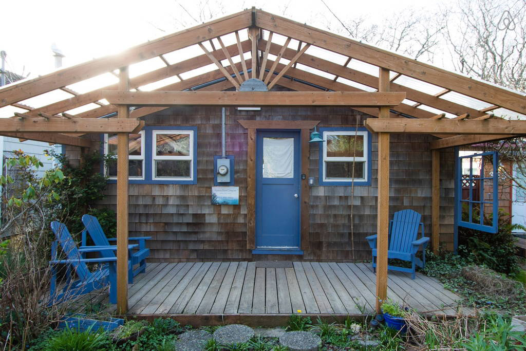 the-beach-cottage-rockaway-beach-1