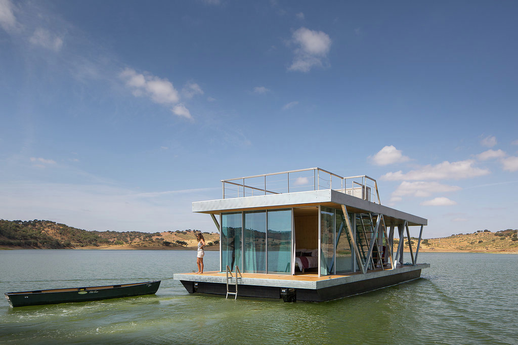 alqueva-floating-house-friday-sa-architects-9
