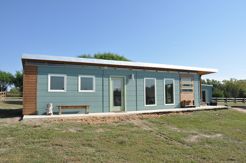 cabin-compound-kanga-room-systems-1