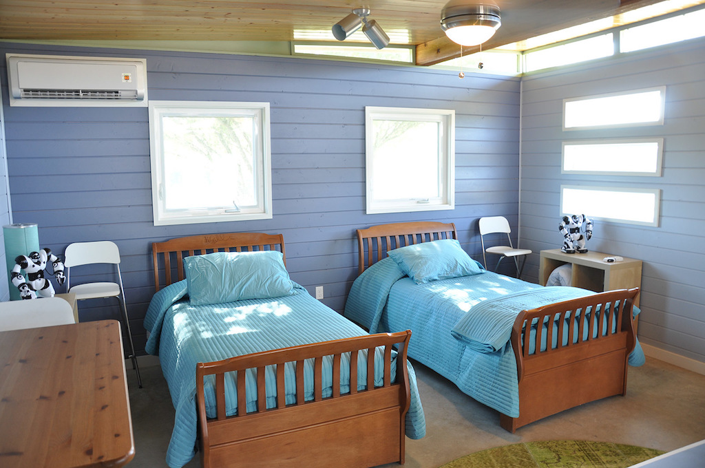 cabin-compound-kanga-room-systems-11