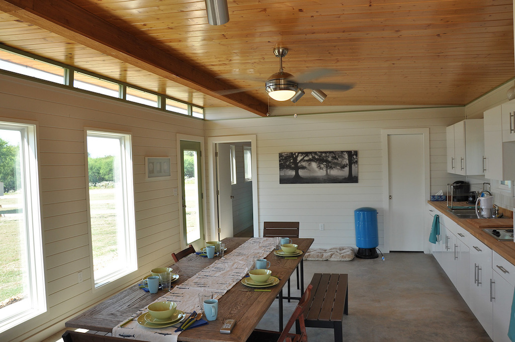 cabin-compound-kanga-room-systems-6