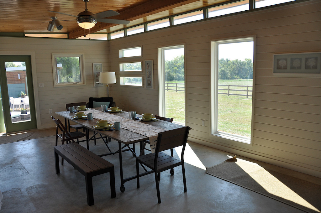 cabin-compound-kanga-room-systems-8