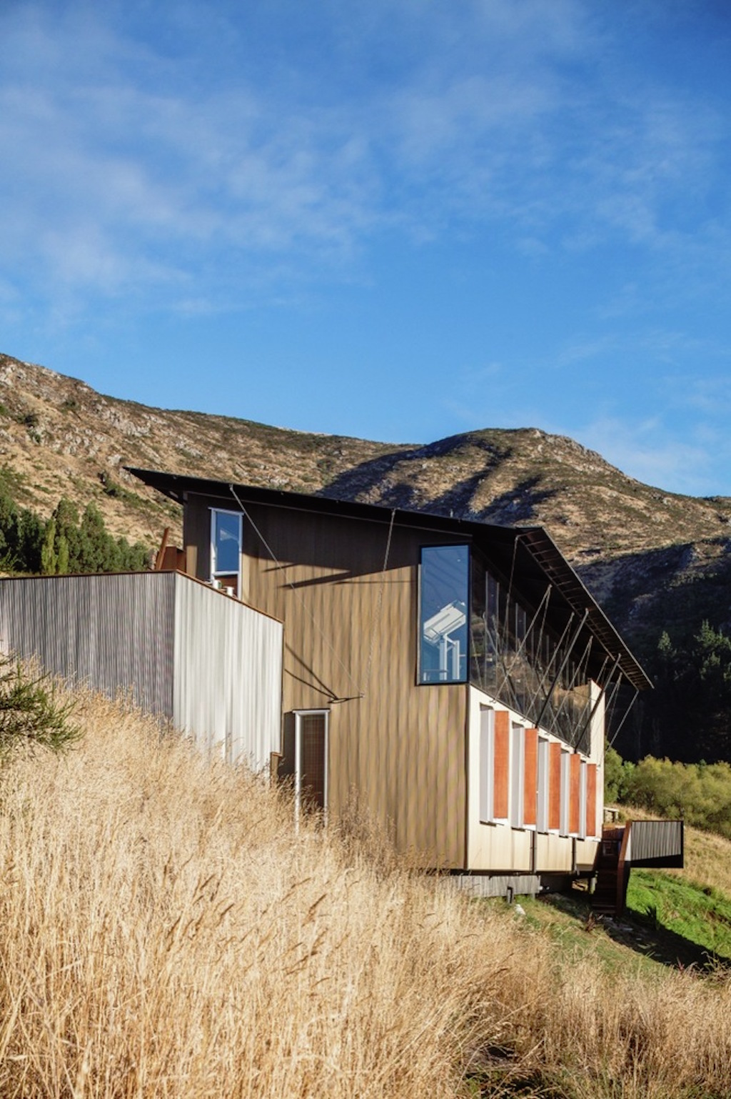 lyttelton-studio-retreat-bull -o'sullivan-architecture-9