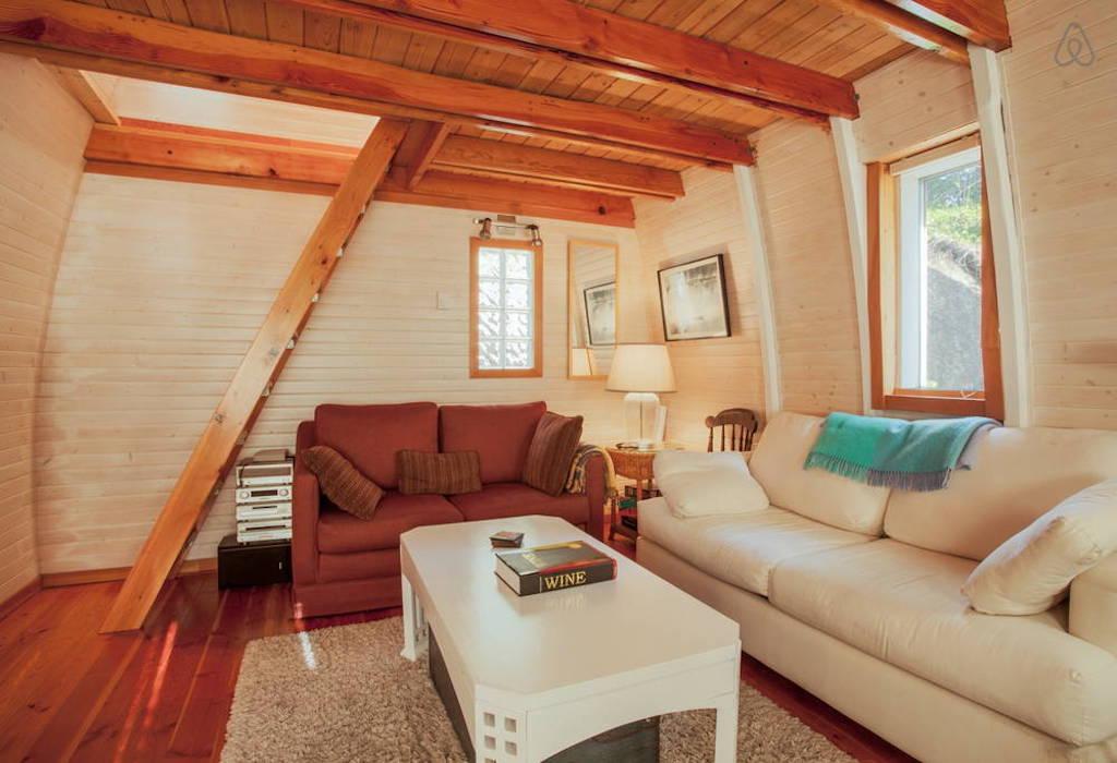 sechelt-cabin-british-columbia-3