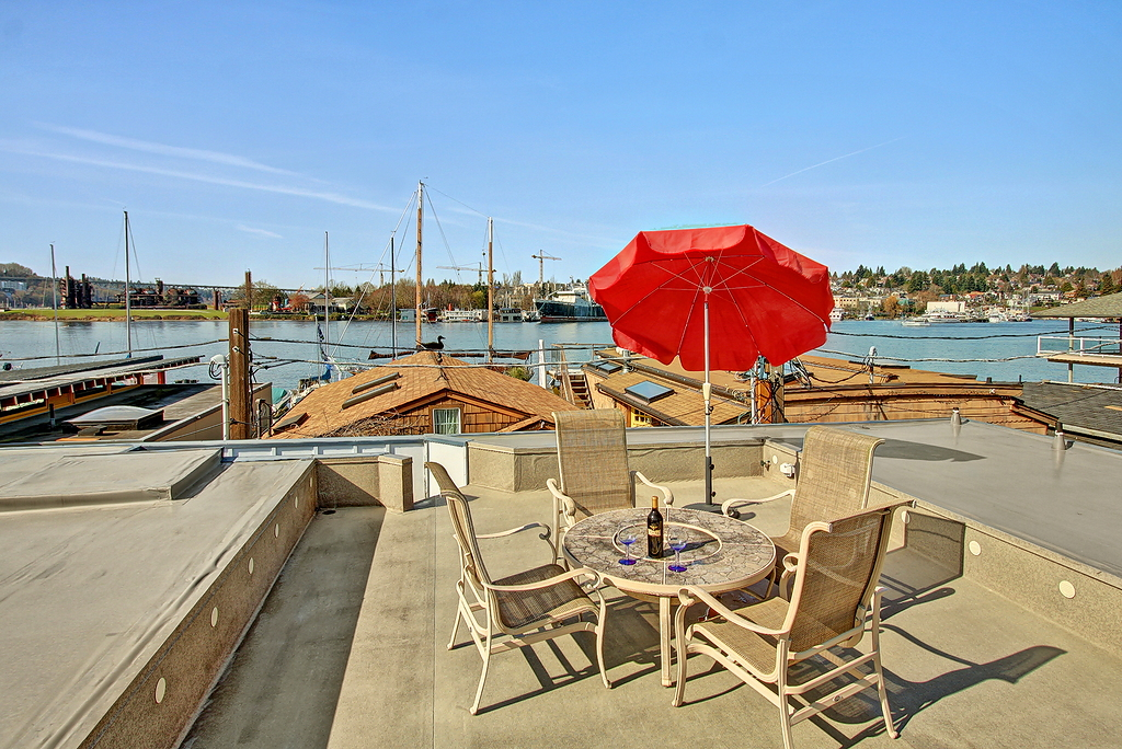 lake-union-floating-home-13