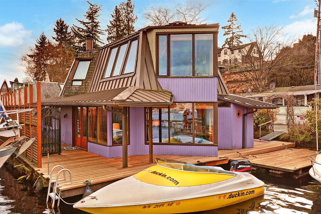 portage-bay-houseboat-1
