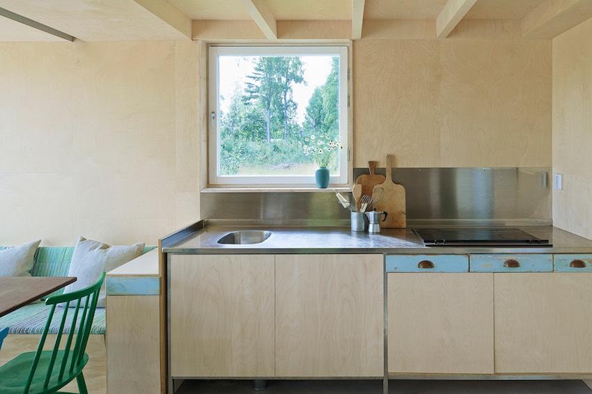 sweden-summerhouse-leo-qvarsebo3