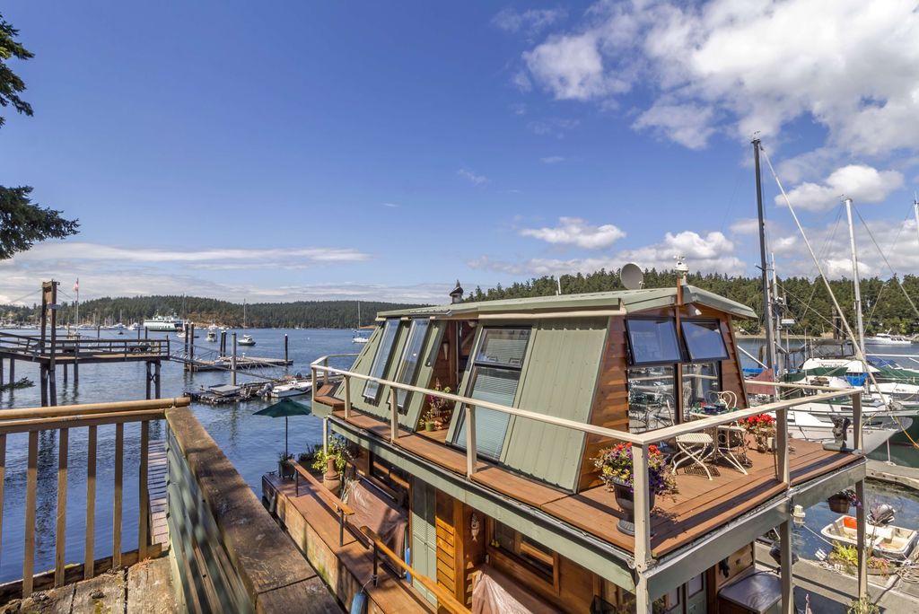 Seattle houseboat - Floating house seattle ...