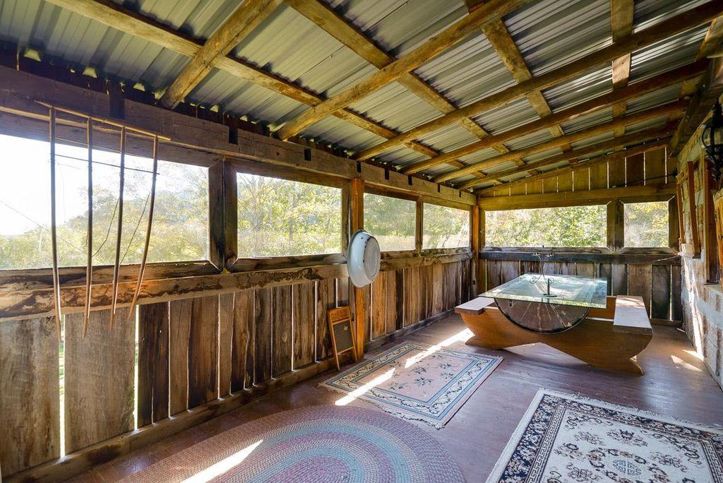 old-school-log-cabin-7