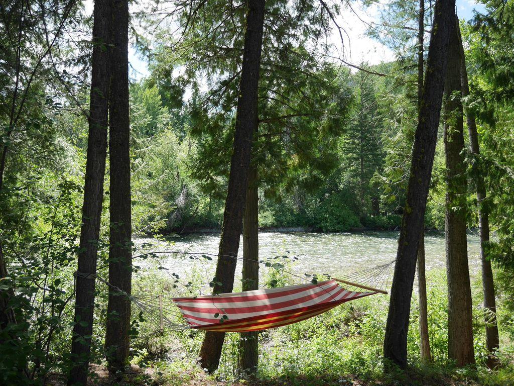 mazama-river-cabins-16