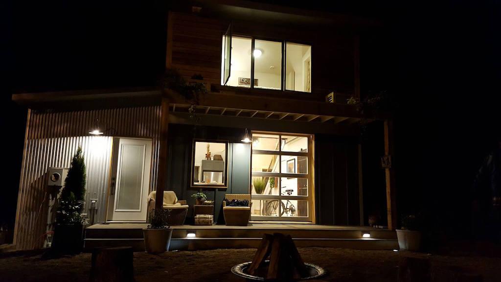 urban-micro-home-wind-river-tiny-homes-18