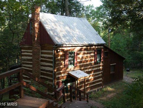 1850s-hand-hewn-cabin-1