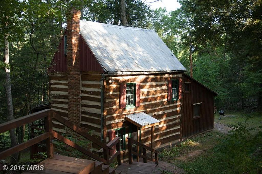 1850 39 s hand hewn cabin for Hewn log cabin kits