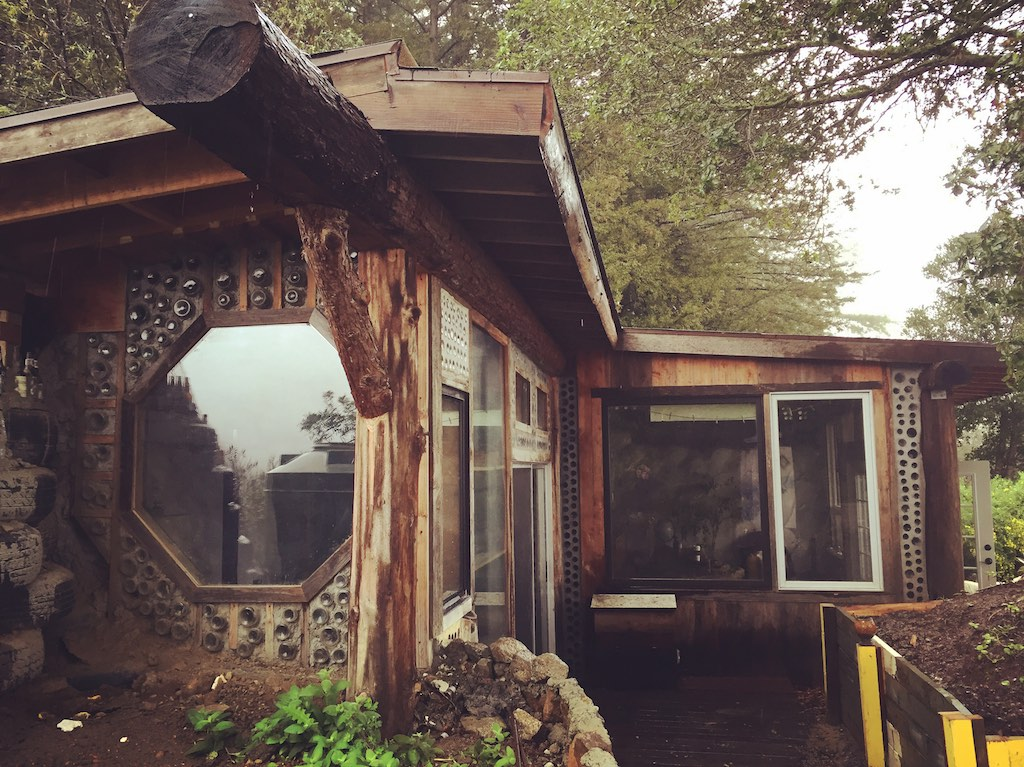 Earthship Cabin In California