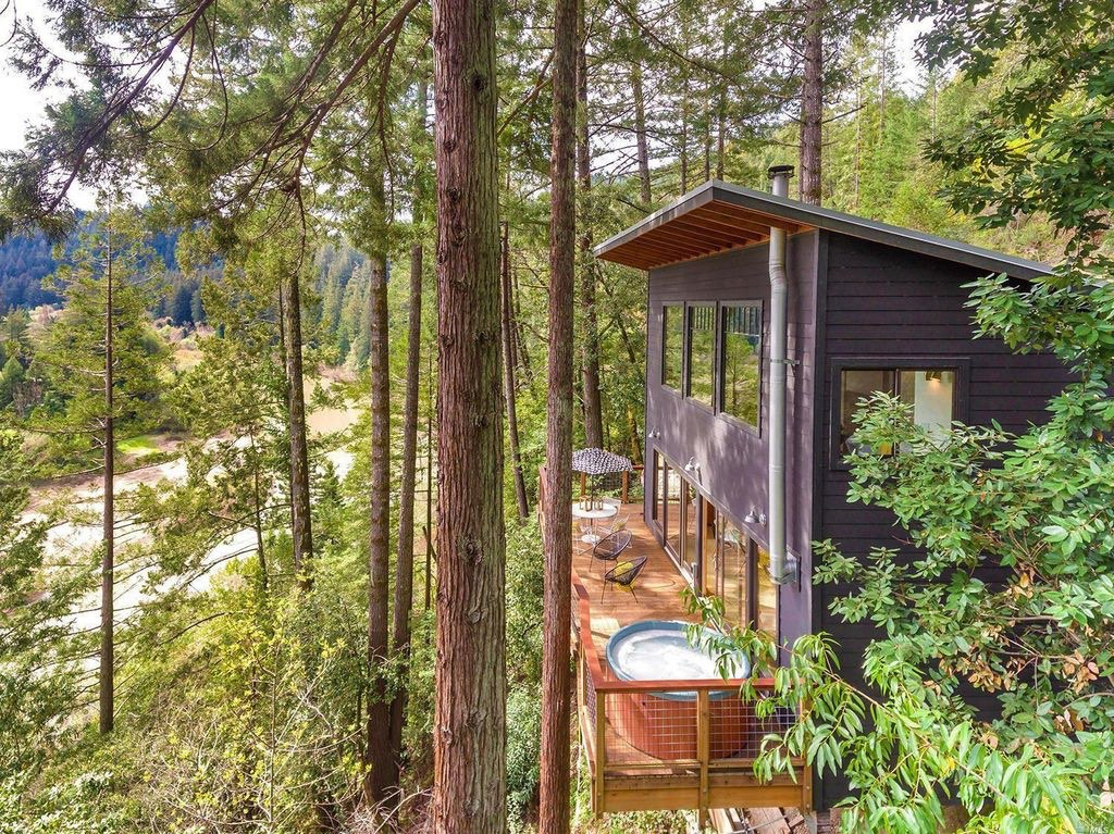 russian river cabin