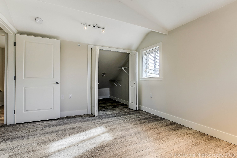 vancouver-laneway-house-11